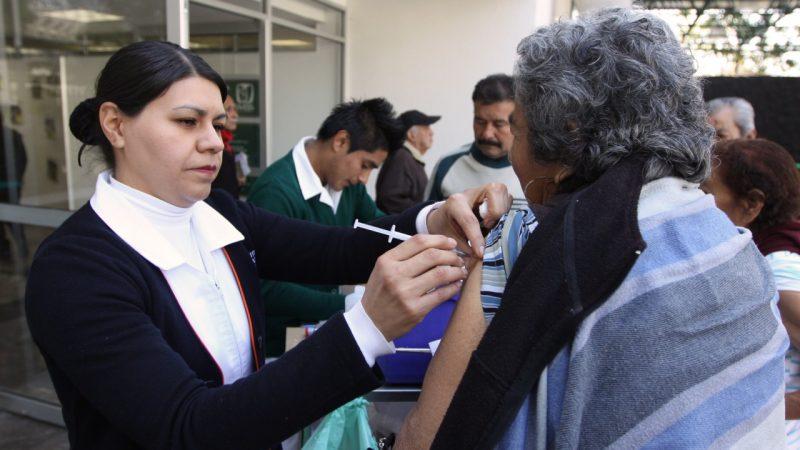 Aplicará IMSS 10 millones 802 mil 118 dosis de vacunas contra la Influenza