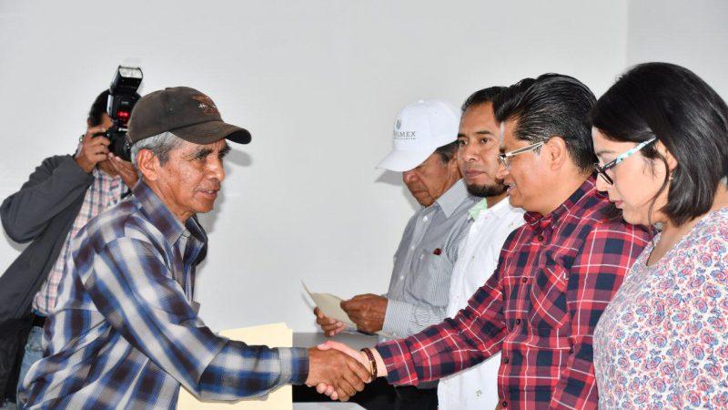 Reciben habitantes de Coronango actas rectificadas