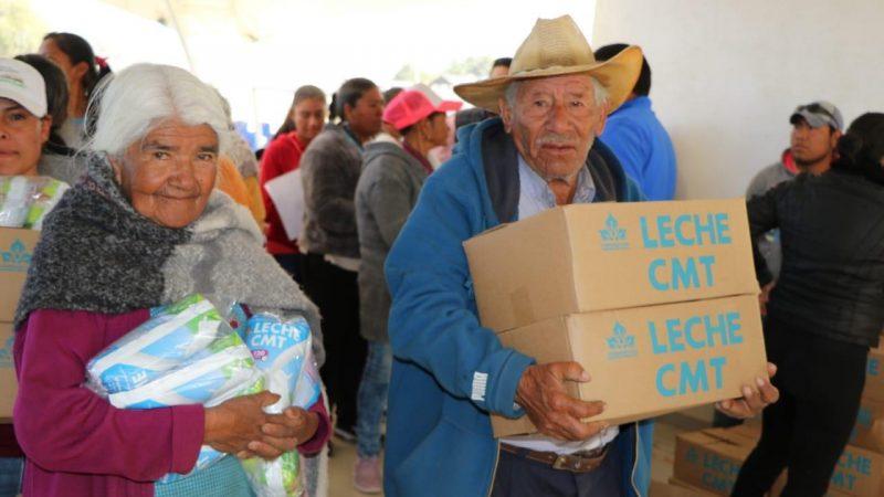 50 mil litros de leche, de la Alianza Felicidad, son entregados en Tlachichuca