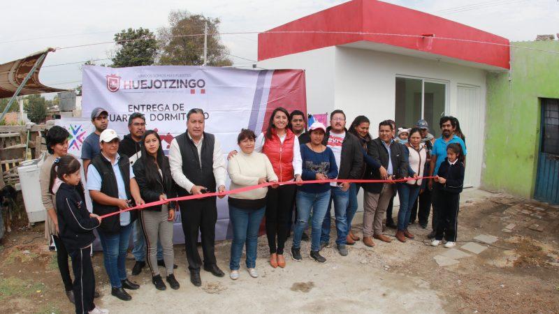 """Entregan viviendas del programa """"Hogar Digno"""" en Huejotzingo"""