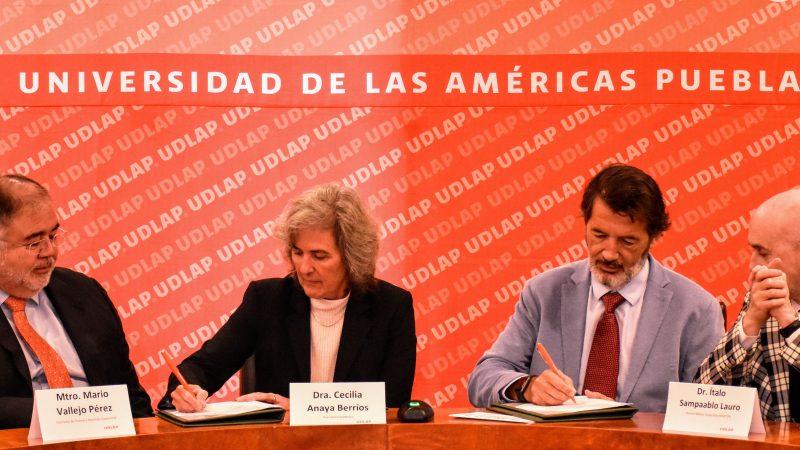 Firman UDLAP y Hospiten México convenio de colaboración académico