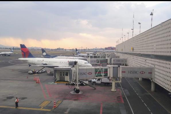 Disminuye arribo a México de viajeros procedentes de China