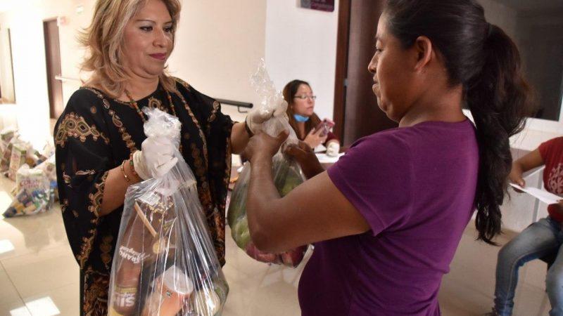 Con apoyo de Banco de Alimentos, entregan  despensas en Coronango