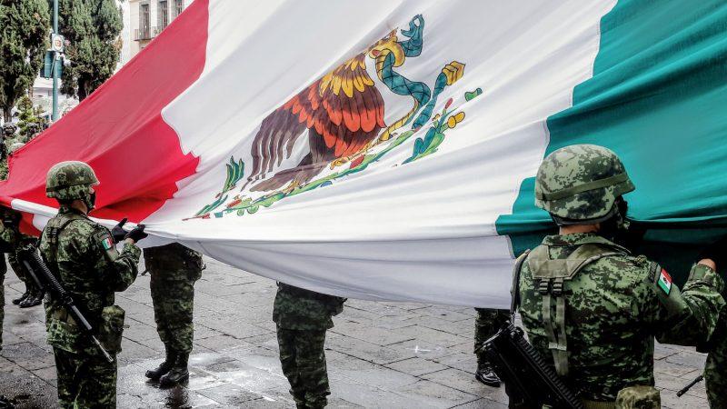 Conmemoran el CCX aniversario de la Independencia de México