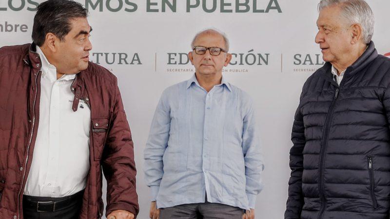Destaca AMLO trabajo coordinado con el gobernador Miguel Barbosa
