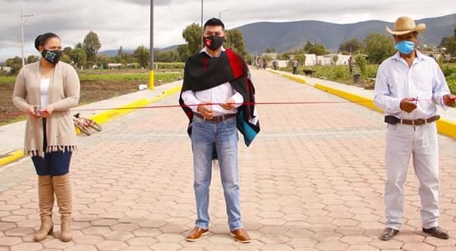 Inauguran obras de infraestructura urbana en comunidad de Quecholac
