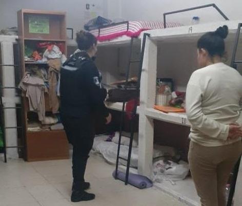 Realizan operativo en penales de Puebla y Cholula