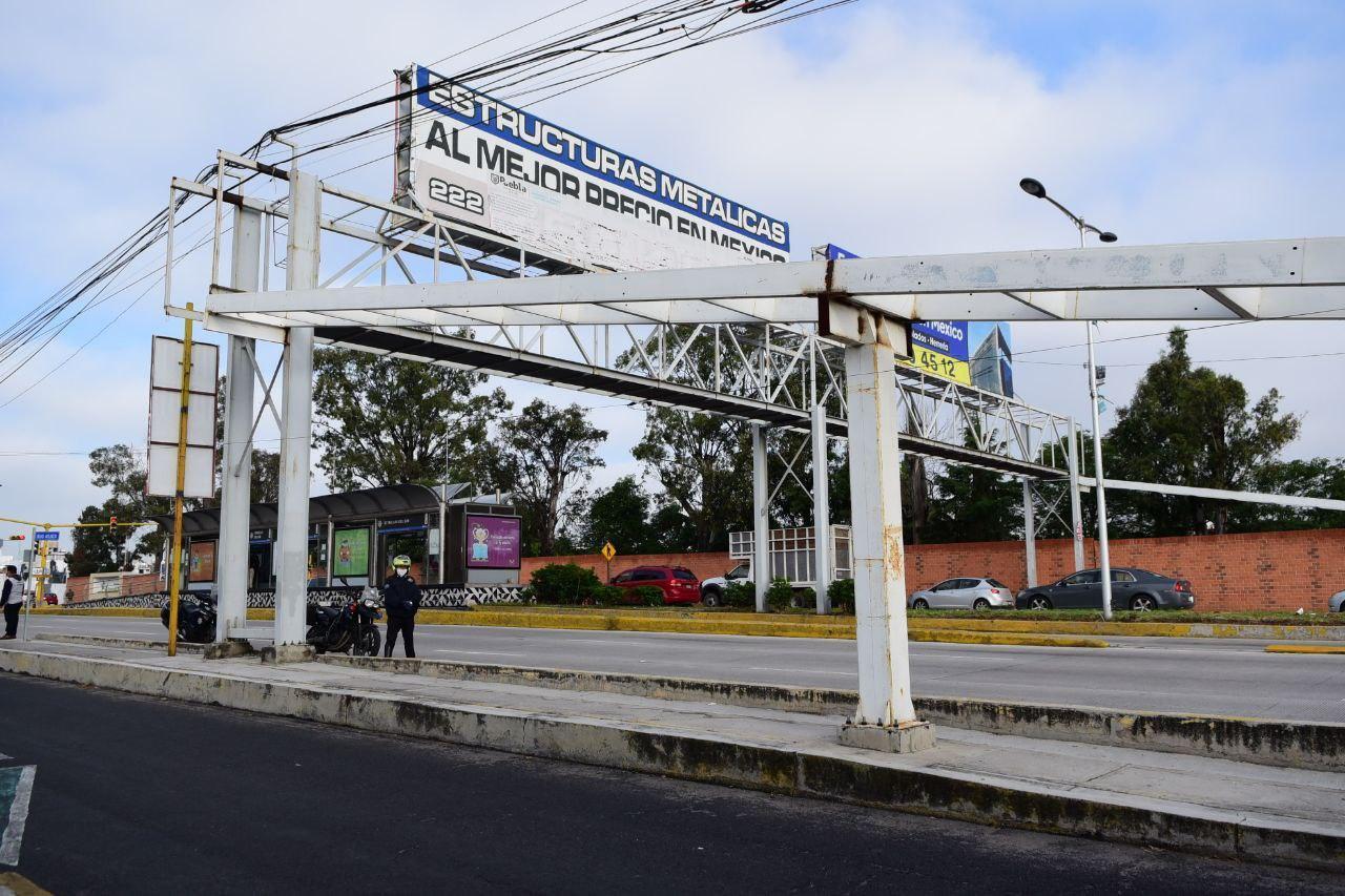 Retirarán puentes peatonales en la capital de Puebla