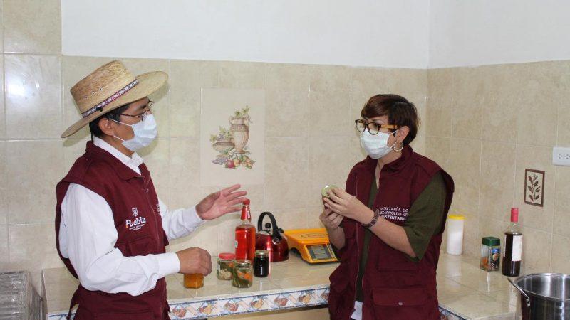 Ofrecen talleres pro autosuficiencia alimentaria en la capital de Puebla