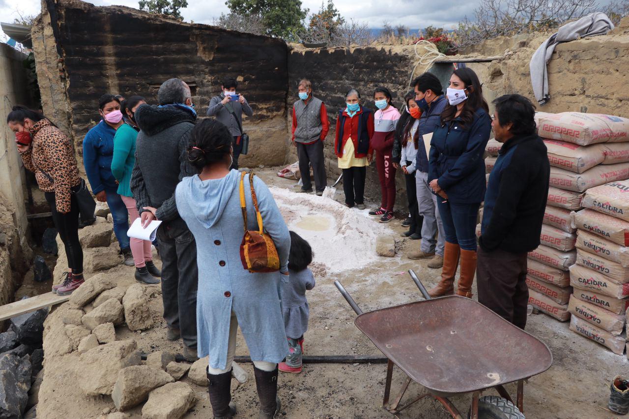 Entregan apoyos de programas sociales en Huejotzingo