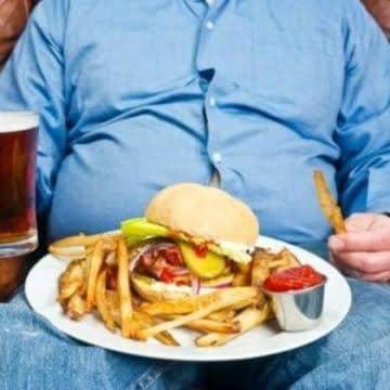¿Cenar es malo?   Por: Abhaya Isabel