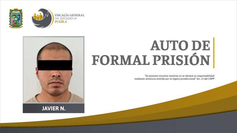 Auto de formal prisión por robo a empresa donde trabajaba