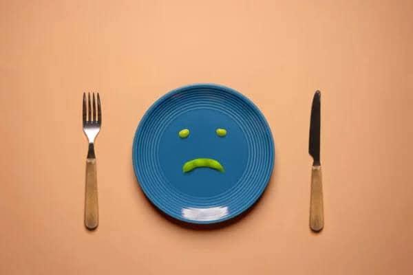 Prácticas que se han normalizado, pero son riesgosas y se puede llegar incluso a un Trastorno de Conducta Alimentaria (TAC)