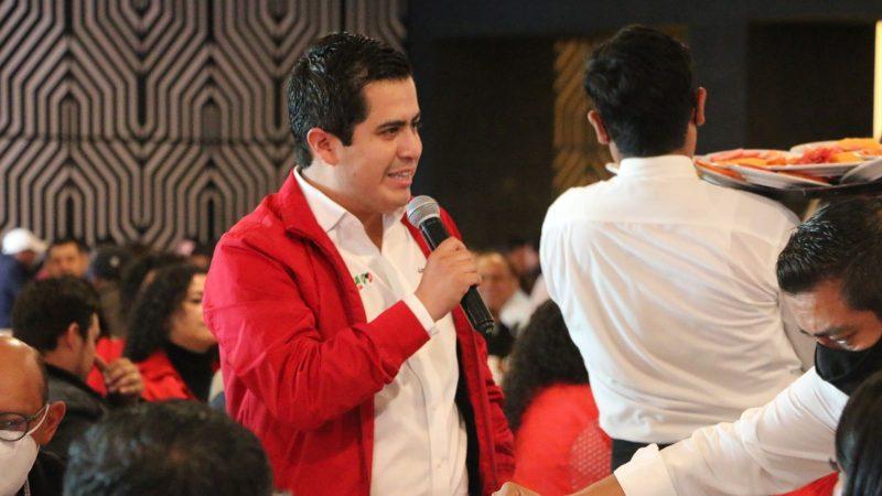 Agradece Lorenzo Rivera apoyo de su dirigente nacional y de los chignahuapenses