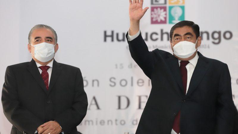 Llama Miguel Barbosa a ediles entrantes trabajar con austeridad y transparencia